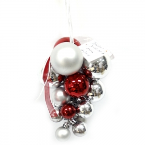 Attractive Good Quality Christmas Hanging Ball In Grape Shape