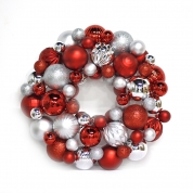 China 33cm Promotional Plastic Xmas Ornament Wreath fábrica