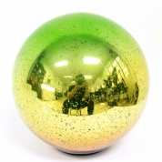 China Good Quality Glass Ball Ornament With Led Lights factory