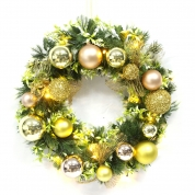 China High Quality Floral Christmas Decorative Wreath fábrica