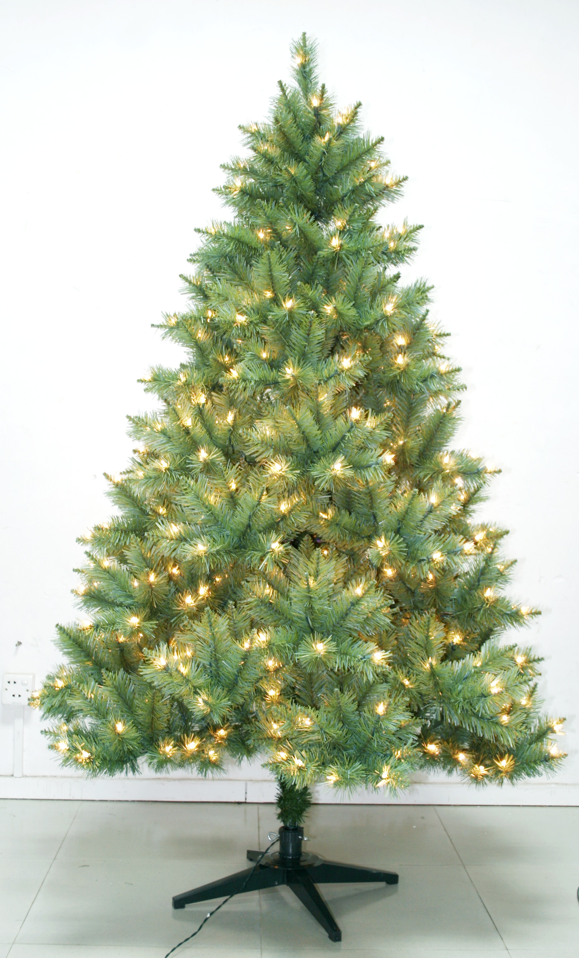 7 Pe Artifical Outdoor Lighted Christmas Tree Christmas
