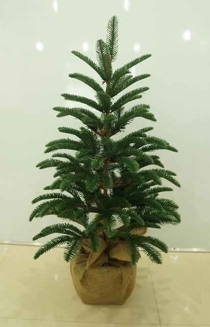 Reach Pe Simulated Collapsible Christmas Trees Christmas